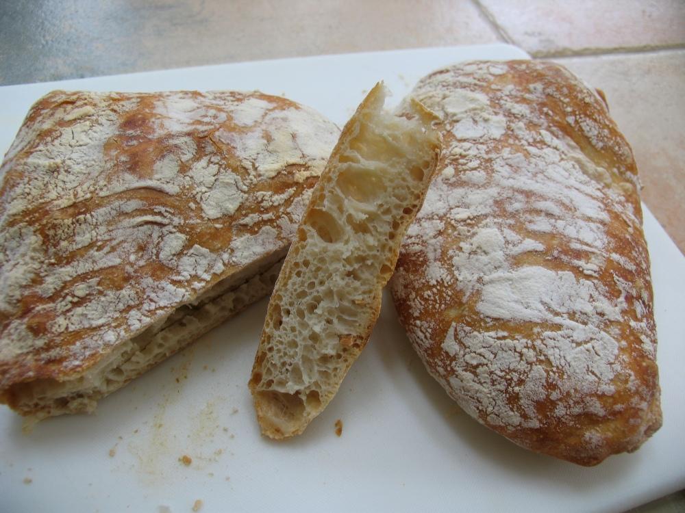 ciabatta (no-knead bread) (2/2)