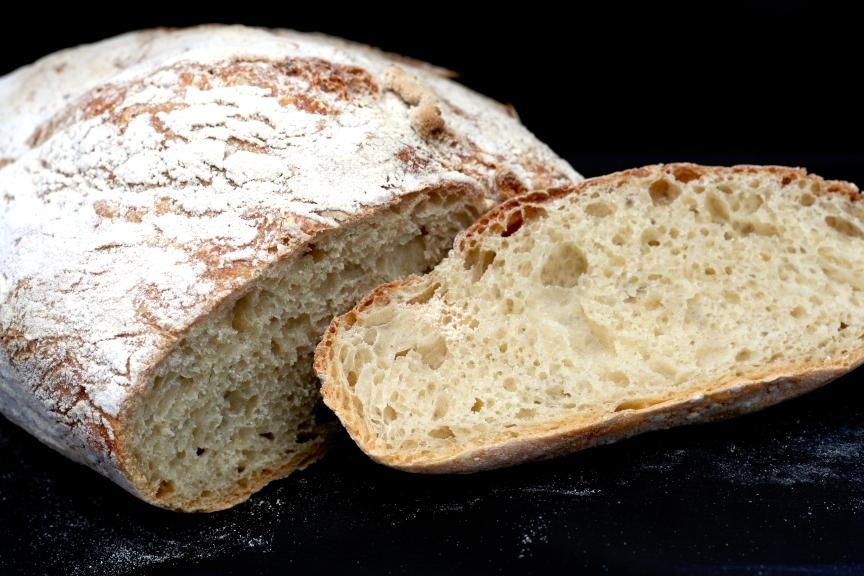 ciabatta (no-knead bread) (1/2)